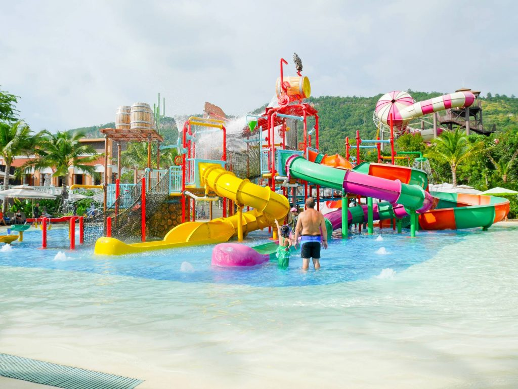camping parc aquatique vacances en famille